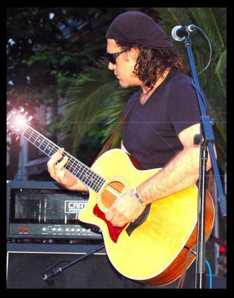 paolo allen, guitariste, chanteur