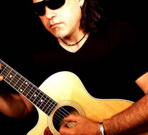 paolo allen, chanteur, guitariste